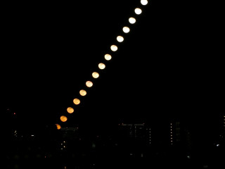 Moon20171206s